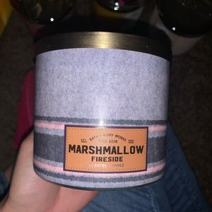 Marshmallow Fireside Scented Candle